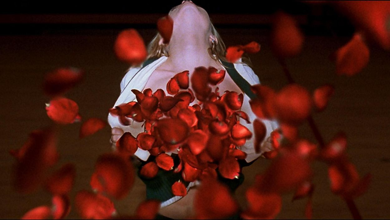American Beauty (1999) directed by Sam Mendes